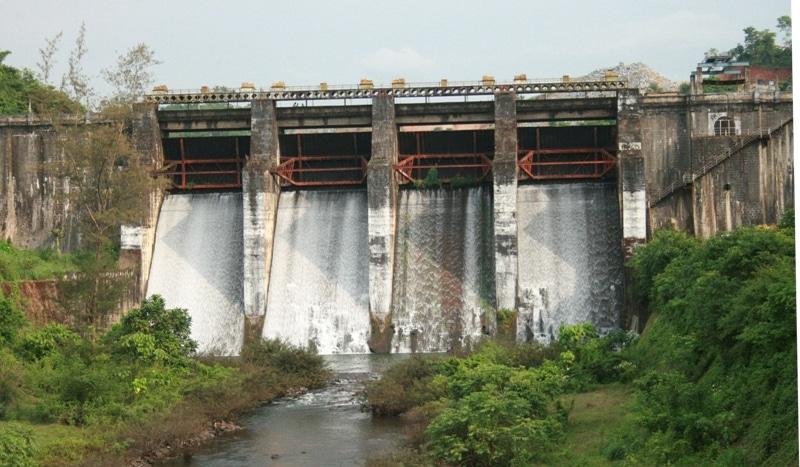 Kuttiady dam1